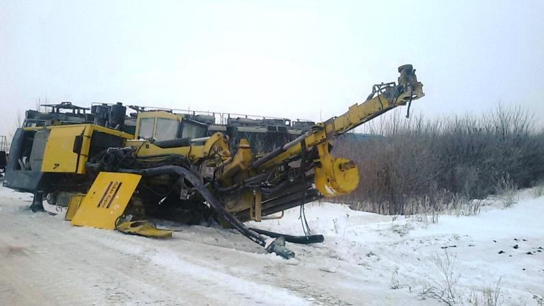 Водій вантажівки спричинив ДТП на залізничному переїзді - 0