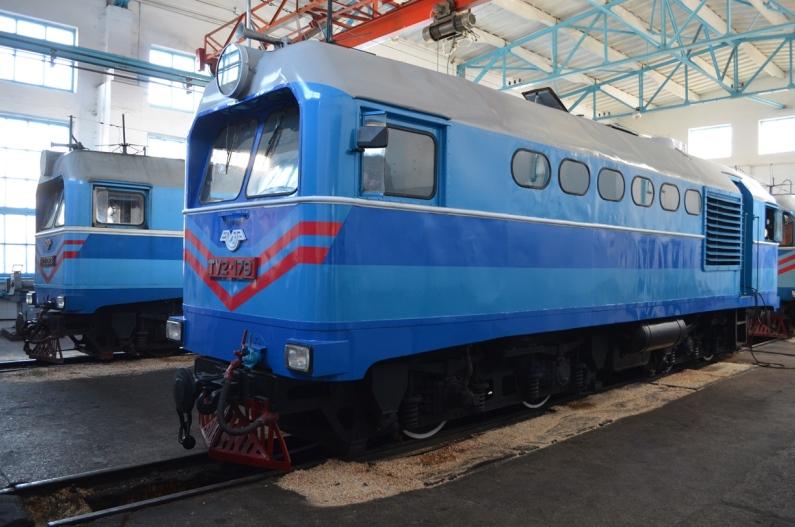 Гайворонські залізничники відновили після пожежі унікальний вузькоколійний тепловоз - 0